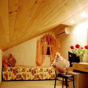Ореховая комната