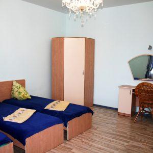 Сиреневая комната